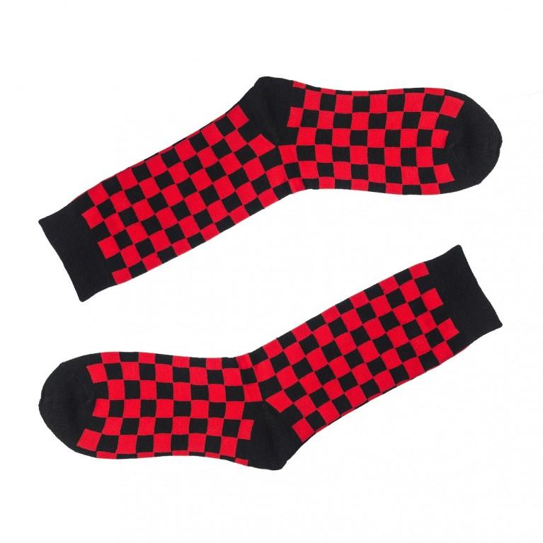 Носки в клеточку черно-красные